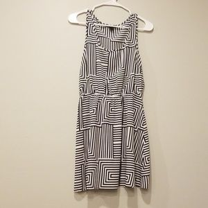 Forever 21 Black and white patterned dress